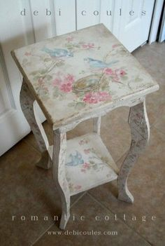 Cottage Bluebird Table hand painted and available at Shabby French Chic, Shabby Chic Mode, Shabby Chic Cottage, Shabby Vintage, Shabby Chic Style, Shabby Chic Decor, Vintage Items, Painted Chairs, Hand Painted Furniture