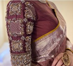 Pattu Saree Blouse Designs, Blouse Designs Silk, Designer Blouse Patterns, Bridal Blouse Designs, Diy Clothes And Shoes, Clothes For Women, Blouse Designs Catalogue, Maggam Work Designs, Hand Work Blouse Design