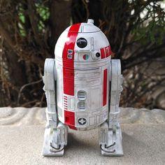 Jabba's Bartender Droid by Barf Olemew Star Wars Droids, Star Wars Rpg, Galactic Republic, Star Wars Models, Lego Robot, Star Wars Concept Art, Star Wars Merchandise, Starwars, Star Wars Images