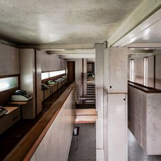 Three exhibitions are celebrating Carlo Scarpa in Venice. Here's an itinerary throughout Scarpa's works into the hidden Venice with carpenters, craftsmen, design, water, wood, marble and Murano glass: the Baratto Hall in Ca' Foscari, the Iuav at the Tolentini, the Querini Stampalia and the Olivetti Store.
