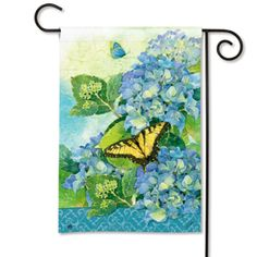 Nature inspired Garden Flags for every season, holiday