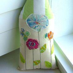 House Pillow Home Pillow Flower Pillow  House от tracyBdesigns