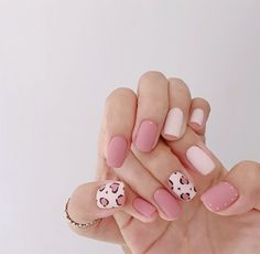 Awesome 40 Fabulous Pink Nail Art Designs Ideas That Looks Cool. Cute Nails, Pretty Nails, My Nails, Leopard Print Nails, Pink Cheetah Nails, Cheetah Nail Designs, Soft Pink Nails, Leopard Nail Art, Cute Nail Art Designs