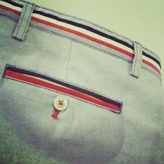 Fashion Pants, Mens Fashion, Look Office, Men Trousers, Pant Shirt, Cotton Pants, Drills, Store Design, Penguin