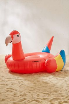 Details Product Sku: 39137567; Color Code: 060 Let your worries float away with this oversized parrot pool float. Perfect for drifting off into your happy place on a sunny day. Content + Care - Vinyl