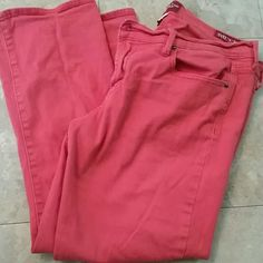 Red Lucky Ankle Jeans I love love love these. So comfortable. ..but I have gained to much weight to enjoy them now:( they go to the ankle as far as length. Lucky Brand Jeans Ankle & Cropped