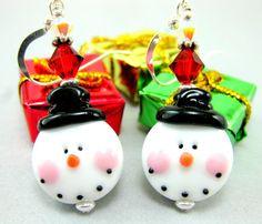 Christmas Earrings, Snowman Earrings, Snowman Lampwork Glass Bead Earrings - Chilly Willy Snowman. $32.00, via Etsy.