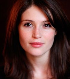Gemma Arterton and her stare that makes life ok