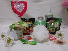 Wellness Set,Geschenk Set, Valentinstag,Geburtstag,Valentinsgeschenk,Süßigkeiten, Grußkarte von vonkoenigshofenMore auf Etsy