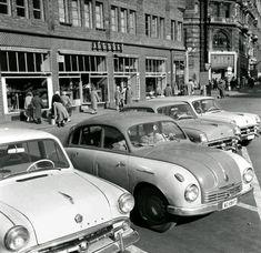 1959. Jégbüfé. Felszabadulàs(Ferenciek) tér. Old Pictures, Old Photos, Vintage Photos, Anno Domini, Double Photo, Budapest Hungary, Back In Time, Historical Photos, Tao