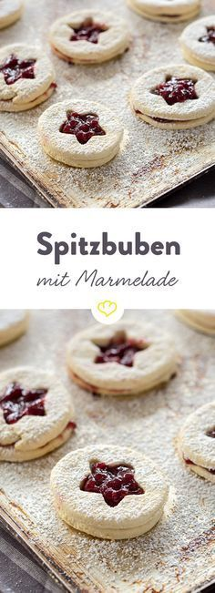 Goat biscuits with jam: sweet pastries- Spitzbuben-Plätzchen mit Marmelade: süße Backlieblinge Hardly baked, they are gone – these crumble … - Pastry Recipes, Baking Recipes, Cookie Recipes, Dessert Recipes, Biscuits, Cookies Decorados, Jam Cookies, Sweet Pastries, Pumpkin Spice Cupcakes