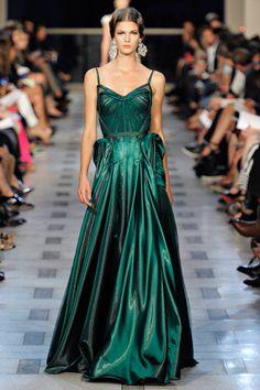 NYFW Zac Posen. im loving emerald. :)