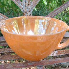 Fire King Peach Lustre - hoping to get a mixing bowl just like this!