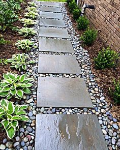 Love stepping stones + aggregate path punctuated with contrasting plants. Looks clean, orderly. Love stepping stones + aggregate path punctuated with contrasting plants. Looks clean, orderly. Side Yard Landscaping, Backyard Walkway, Home Landscaping, Side Walkway, Front Yard Walkway, Stone Backyard, Outdoor Walkway, Paver Walkway, House Landscape