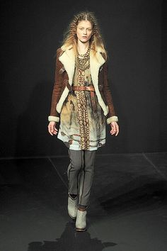 Fall Winter 2010-2011 Nomad Fashion Trends...I find this very wearable....but then ppl think I dress wierd
