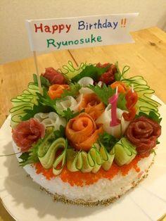 ぶんたんぶ's dish photo バースデーお寿司ケーキ | http://snapdish.co #SnapDish #お誕生日 #お寿司