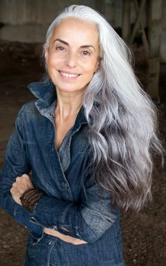 """model, photographer and artist Yasmina Rossi: """".my secrets to age gracefully. I wish my hair would turn pretty like that. Long Gray Hair, Grey Wig, Dark Hair, Short Hair, Yasmina Rossi, Peinados Pin Up, Ageless Beauty, Going Gray, Older Women Hairstyles"""