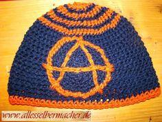 Mütze, Beanie, Häkelmütze,Anarchie,  dunkelblau, orange, typische Beanieform,Einzelstück