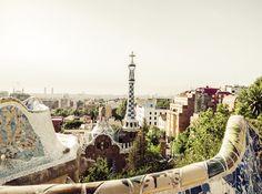 Zum Start von SWISS Holidays kannst du eine 4-tägige Reise nach Barcelona inklusive Tapas-Tour gewinnen!  Du übernachtest im 5-Sterne Hotel Melia Barcelona Sarriá, die Tapas-Tour beinhaltet 5 Verkostungen an unterschiedlichen Stopps und ein Glas Cava zur Begrüssung.  Versuche hier dein Glück: http://www.ich-brauche-ferien.ch/gewinne-eine-barcelona-reise-mit-tapas-tour/