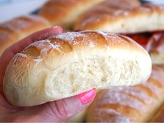 Thebaguetter Bread Recipes, Baking Recipes, Homemade Dinner Rolls, Good Food, Yummy Food, Our Daily Bread, Bread Cake, How To Make Bread, Bread Baking