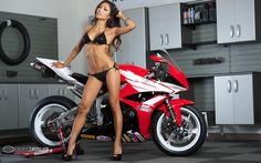 Janey with the 2012 Honda CBR600RR