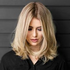 Blonde Ombre Bob Style Silk Top Full Lace Front Wigs Hidden Knots Instock UK ★Hair Factory direct supply ★Global DHL expresss shipping ★Paypal,Western Union,Money Gram accept ******************** Contact us below for wholesale: ★Whats app:+86 18561874820 ★Email:jinmay_828@hotmail.com ******************** #HumanHairWigs #HumanHairExtensions #WeaveHair #WigsForWhiteWomen #JewishWigs #Sheitels #WigsForCancer #LaceFrontWigs #HairLossTreatment #EuropeanHair #HairLossWig #MalyasianHair #IndianHair