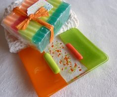 http://www.etsy.com/treasury/MTExMzk1MTF8NTQ5MzcwOTQ5/follow-me-to-autumn Spring Green and Orange soap dish $13.00 @BPR Designs #etsyfollow