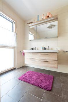 Alcove, Bath Mat, Bathtub, Bathroom, Home Decor, Full Bath, Bathing, Standing Bath, Washroom