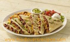 QUESADILLAS Family Meal Planning, Family Meals, Mexican Food Recipes, Healthy Recipes, Ethnic Recipes, Great Appetizers, Healthy Eating, Restaurant, Diet