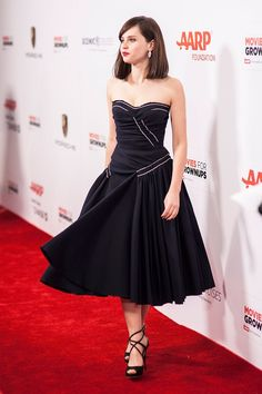 Pin for Later: Felicity Jones hat ein ganz einfaches Erfolgrezept Bei einer Gala…