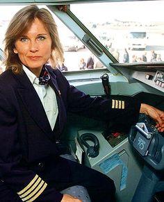 Ildiko Czigany: Hungary's first high-flying female pilot #Hungary #Woman #Pilot