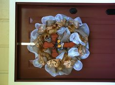 Fall wreath I made for my best friend Chrissy:-)