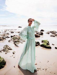 Wallette Watson Poses in Romantic Dresses for Grazia UK – fashion editorial photography Fashion Poses, Vogue Fashion, Fashion Shoot, Editorial Fashion, Beach Fashion, Men Editorial, Vogue Editorial, India Fashion, Fashion Editorials