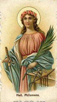 """A seguir, Santa Filomena, sob o encanto do sorriso maternal da Rainha do Céu, ergueu-se com reverência e, dirigindo-se à Irmã, disse-lhe: """"Vês, peço as graças a Maria e por Ela me são concedidas""""."""