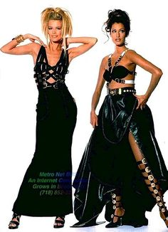 Claudia Shiffer & Yasmeen Ghauri in Gianni Versace's bondage dresses f/w 1990 photo Arthur Elgort