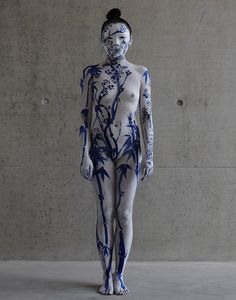 Echo Morgan: Be the inside of the vase https://cfileonline.org/performance-art-echo-morgans-darkness-undressed-heartbreaking-performance/