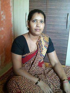 Beautiful Women Videos, Beautiful Women Over 40, Beautiful Women Pictures, Beautiful Indian Brides, Beautiful Saree, Beautiful Indian Actress, Indian Natural Beauty, Indian Beauty Saree, Marriage Girl