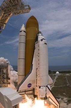 Space elevators, vacuum chutes: What next for big rocket tech?