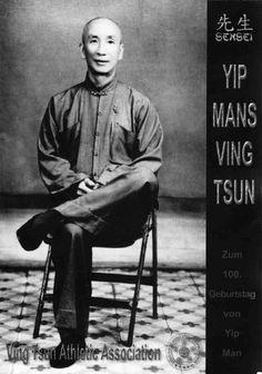 Yip man was bruce lee's wing chun teacher. Wing Chun Martial Arts, Bruce Lee Martial Arts, Chinese Martial Arts, Wing Tsun Kung Fu, Martial Arts Movies, Martial Artists, Karate, Wing Chun Ip Man, Mma