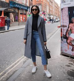 winter outfits hipster A imagem pode conter: 1 pes - winteroutfits Paris Outfits, Winter Fashion Outfits, Mode Outfits, Fall Winter Outfits, Look Fashion, Trendy Outfits, Autumn Fashion, Paris Winter Fashion, Casual Winter