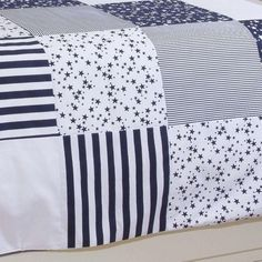 Bedding And Curtain Sets, Duvet Sets, Abaya Pattern, Neck Designs For Suits, Bed Linen Design, Curtain Designs, Easy Quilts, Color Pallets, Quilting Projects