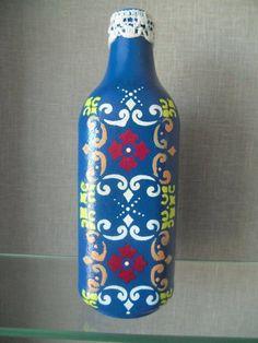 Garrafa decorativa tema abstrato/ Decorative abstract theme bottle
