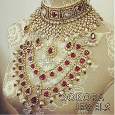 - February 02 2019 at Moda Indiana, Traditional Indian Jewellery, Indian Wedding Jewelry, India Jewelry, Jewellery Sale, Best Jewelry Stores, Jewelry Patterns, Looks Cool, Bridal Accessories