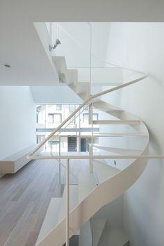 apollo-architects-white-spiral-staircase