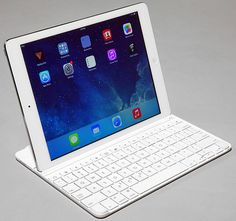 Apple Rumored To Be Readying 12-Inch 'iPad Pro' In Attempt To Take On Surface Pro 3  Read more: http://hothardware.com/News/Apple-Rumored-To-Be-Readying-iPad-Pro-In-Attempt-To-Take-On-Surface-Pro-3/#ixzz3HsP0woPA  How unflattering. Apple appears to be preparing, at least according to rumors, a 2-in-1 hybrid tablet convertible that's very much competitive to what Microsoft's Surface Pro line offers, along with countless hybrid tablet-notebook convertibles that...