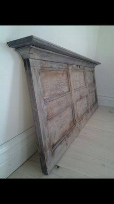 Sänggavel Vintage Ladder, Old Doors, Magnolia Homes, Distressed Furniture, Headboards For Beds, Beautiful Interiors, Diy Furniture, Interior Decorating, Interior Ideas