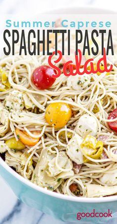 Cold spaghetti tossed with fresh summer veggies and savory pesto makes a perfect side dish or dinner salad. Tomato Basil Salad, Zucchini Tomato, Zucchini Salad, Spaghetti Salad, Sausage Spaghetti, Summertime Salads, Summer Salads, Fun Cooking, Cooking Recipes