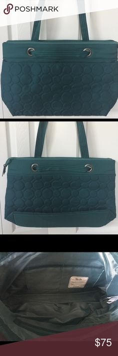 31 Vary You Versatile Bag in Jade Quilted Dots Brand New. Never Used. DOES NOT HAVE ANY PERSONALIZATION/EMBROIDERY. Huge Flat Front Snap Closure Pocket. Two interior slip pockets and one zipper pocket. This bag easily transforms into a taller bag with just a few motions. Thirty-One Bags