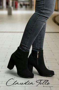(notitle) The post (notitle) & Schuhe appeared first on Shoes . High Heel Boots, Heeled Boots, High Heels, Platform Ankle Boots, Shoes Heels Boots, Pretty Shoes, Beautiful Shoes, Fashion Shoes, Fashion Outfits