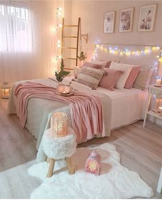Best 27 Room Decor Bedroom Design Ideas For Your Inspiration Bedroom Decor For Teen Girls, Cute Bedroom Ideas, Room Ideas Bedroom, Girl Bedroom Designs, Home Decor Bedroom, Diy Bedroom, Bedroom Inspiration, Decor Room, Bedroom Inspo